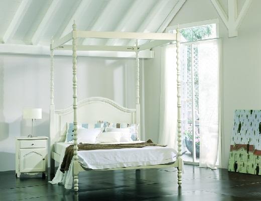 Cama dosel madera dosel sin cortinas cama de madera con for Camas con dosel de madera